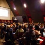 """Photo de la soirée-débat """"École : à la recherche d'un nouveau souffle"""" du 6 novembre organisée par VersLeHaut"""