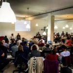 """Photo du petit déjeuner débat sur le thème """"Jeunes migrants : quels parcours de vie ?"""" du 26 septembre 2017 organisé par VersLeHaut"""